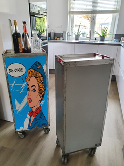 Catering trolley vliegtuig